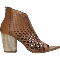 Boty Ženy Sandály Bueno Shoes 21WL3700 Hnědý