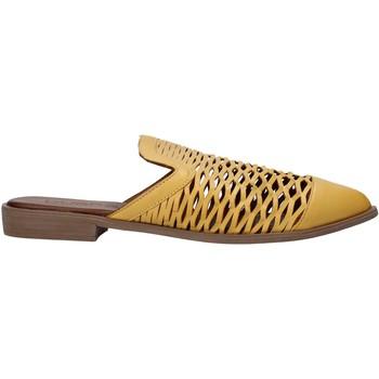 Boty Ženy Pantofle Bueno Shoes 21WN0103 Žlutá