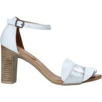 Boty Ženy Sandály Bueno Shoes 21WN4300 Bílý