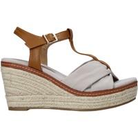 Boty Ženy Sandály Refresh 72878 Béžový