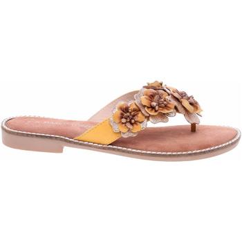 Boty Ženy Žabky Marco Tozzi Dámské pantofle  2-27108-26 saffron ant.c. Žlutá