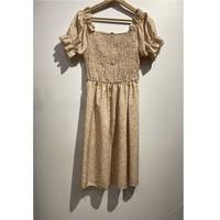 Textil Ženy Krátké šaty Fashion brands 53176-BEIGE Béžová