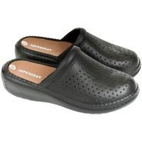 Boty Ženy Pantofle Super Gear Dámske čierne crocsy S.GEAR ANDY čierna