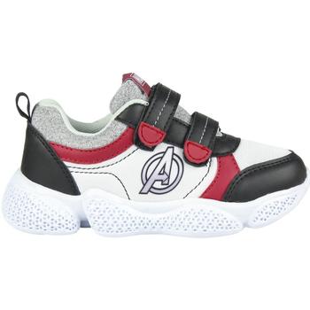 Boty Chlapecké Nízké tenisky Avengers 2300004641 Blanco