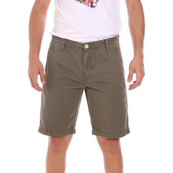 Textil Muži Kraťasy / Bermudy Gaudi 111GU25043WH Zelený