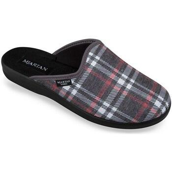 Boty Muži Papuče Mjartan Pánske papuče  SCOTTY sivá