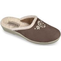 Boty Ženy Papuče Mjartan Dámske hnedé papuče  LIDDA hnedá