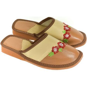 Boty Ženy Papuče John-C Dámske hnedé papuče NORA ťavia