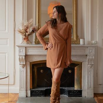 Textil Ženy Overaly / Kalhoty s laclem Céleste NOYER Velbloudí hnědá
