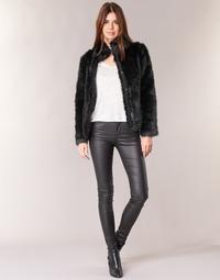 Textil Ženy Kapsáčové kalhoty Vero Moda SEVEN Černá