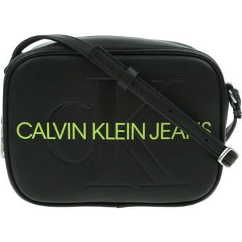 Taška Ženy Kabelky  Calvin Klein Jeans Camera Bag Černé