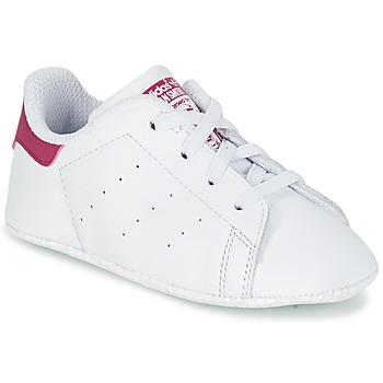 Boty Dívčí Nízké tenisky adidas Originals STAN SMITH CRIB Bílá / Růžová