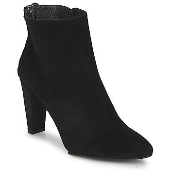 Boty Ženy Kotníkové boty Stuart Weitzman ZIPMEUP Černá