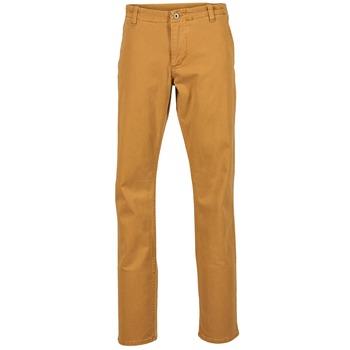 Textil Muži Mrkváče Dockers ALPHA KHAKI MIST WASH Zlatá