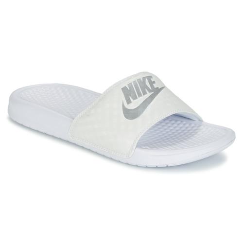 e5cdcdcf30 Nike BENASSI. 679.00. Boty Ženy pantofle Nike BENASSI JUST DO IT W ...