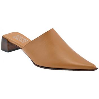 Boty Ženy Pantofle Strategia  Hnědá