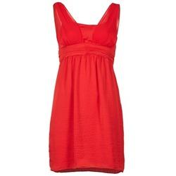Textil Ženy Krátké šaty Naf Naf KYARINA Červená