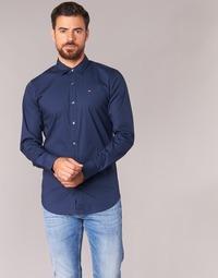 Textil Muži Košile s dlouhymi rukávy Tommy Jeans KANTERMI Tmavě modrá