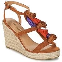 Boty Ženy Sandály Buffalo VARIN Hnědá
