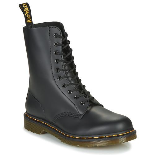 Boty Kotníkové boty Dr Martens 1490 Černá
