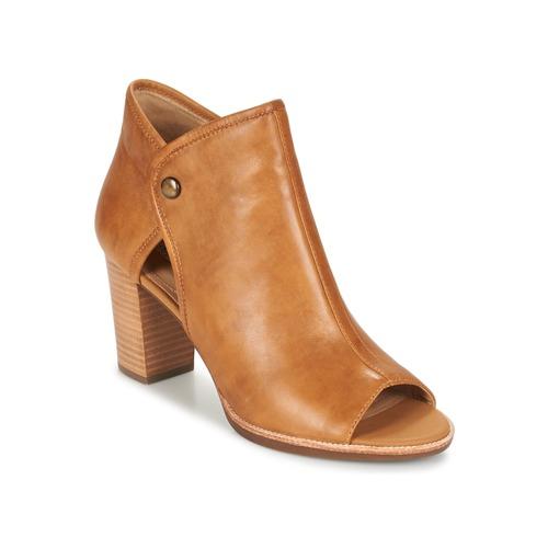Boty Ženy Sandály Geox N.CALLIE B Žlutá kari