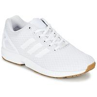 Boty Muži Nízké tenisky adidas Originals ZX FLUX Bílá