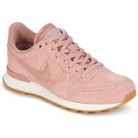 Boty Ženy Nízké tenisky Nike INTERNATIONALIST SE W Růžová