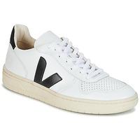 Boty Nízké tenisky Veja V-10 Bílá / Černá
