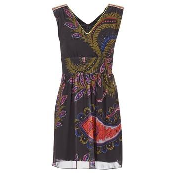 Textil Ženy Krátké šaty Desigual GERCO Vícebarevná