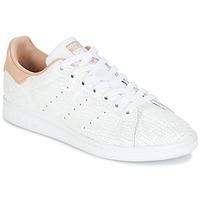 Boty Ženy Nízké tenisky adidas Originals STAN SMITH W Bílá / Růžová