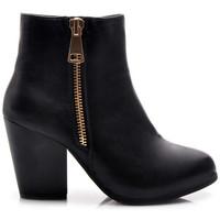 Boty Ženy Polokozačky American Club Parádní černé kotníčkové dámské boty s módním zipem