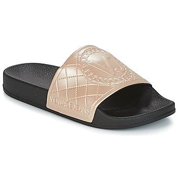 Boty Ženy pantofle Versace Jeans E0VRBSH1 Zlatá