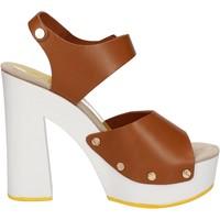 Boty Ženy Sandály Suky Brand sandali marrone pelle AC483 Marrone