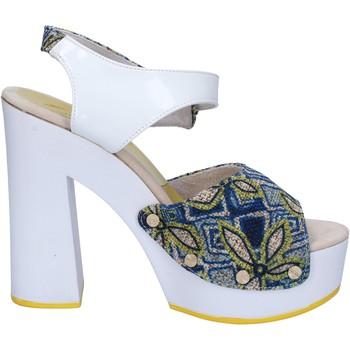 Boty Ženy Sandály Suky Brand sandali bianco tessuto blu vernice AC487 Bianco
