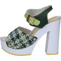 Boty Ženy Sandály Suky Brand sandali verde tessuto vernice AC489 Verde