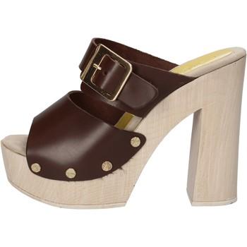 Boty Ženy Sandály Suky Brand sandali marrone pelle AC764 Marrone