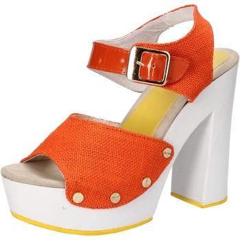 Boty Ženy Sandály Suky Brand sandali arancione tessuto vernice AC802 Arancio