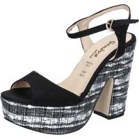 Boty Ženy Sandály Geneve Shoes sandali nero camoscio BZ893 Nero