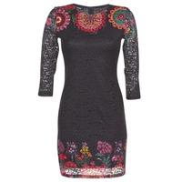 Textil Ženy Krátké šaty Desigual DARINA Černá