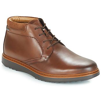 Boty Muži Kotníkové boty Clarks UN Hnědá