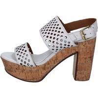 Boty Ženy Sandály Shocks sandali bianco pelle BY394 Bianco