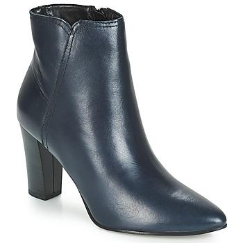 Boty Ženy Kotníkové boty André FAST Tmavě modrá