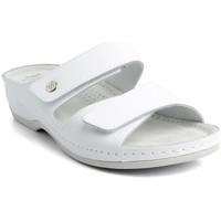 Boty Ženy Dřeváky Batz Dámske kožené biele šľapky FC06 biela