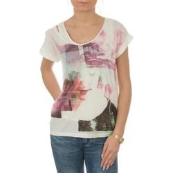Textil Ženy Trička s krátkým rukávem Lee T-shirt  Night Cloud Dancer L485AUHA white